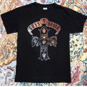 Used, Guns N Roses Skull Cross T-Shirt Size S for sale